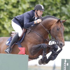 Congratulations to Gregory Wathelet (BEL) and his mount Conrad de Hus who managed a clear round at the Prix du Qatar despite this challenge!